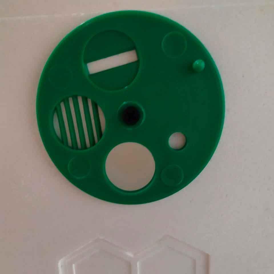 051 Пластиковый летковый заградитель